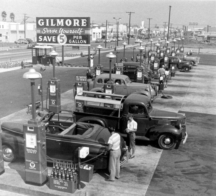 vintage photo of Gilmore gas station, circa 1920's